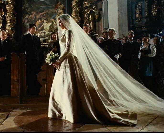 2017 Wedding Gown Trend: Julie Andrews