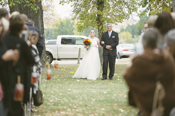 Fall wedding aisle.